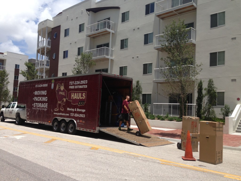 Tampa Movers In Channelside